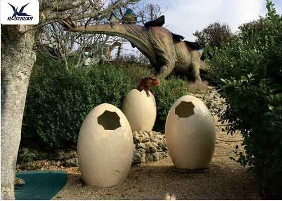 Animatronic Giant Dinosaur Eggs Models For Jurassic Park Decoration 5 Meters